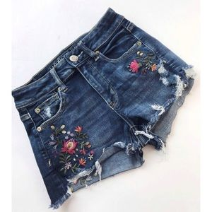 AE • Embroidered Floral High Waisted Shorties